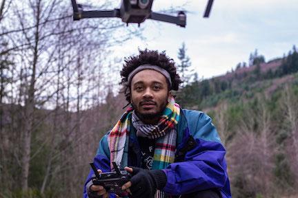 Flying-Drone-Millennials-Web